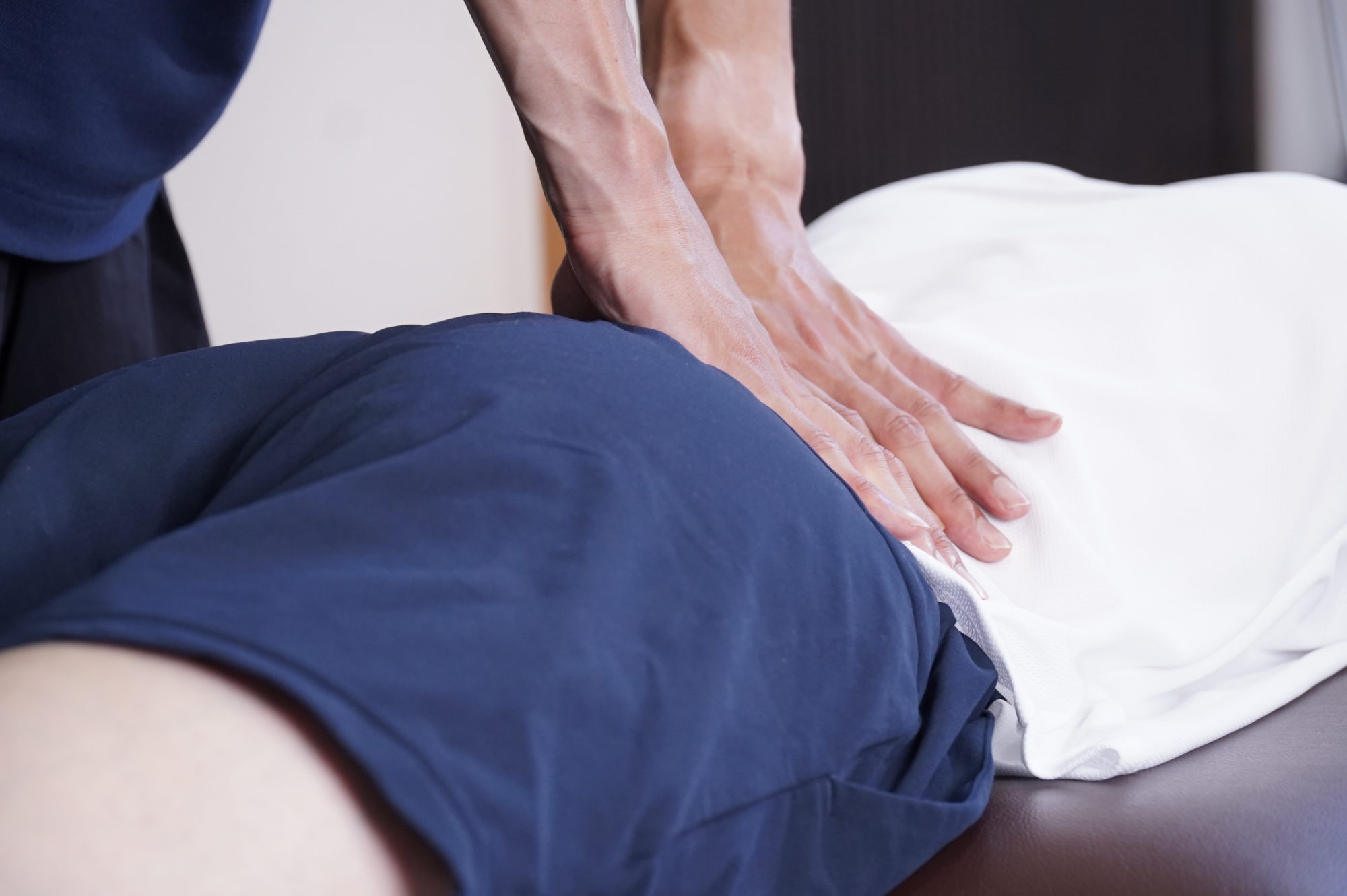 腰 が 重い 症状から腰痛の原因を調べる「2.腰の違和感・不快感(だるさ、疲れ、コ...